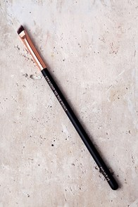 M.O.T.D Cosmetics Straight to the Point Angled Eyeliner Brush