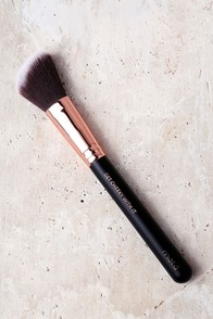M.O.T.D Cosmetics Get Cheeky With It Blush Brush