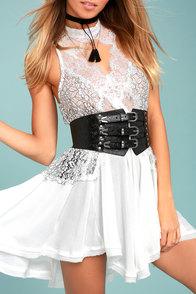 Lovestrength Josie Black Leather Waist Belt