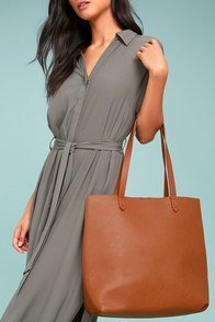 Perfect Simplicity Brown Tote