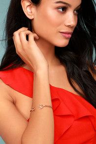 Do the Twist Rose Gold Bracelet