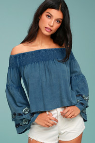 RD & Koko My Getaway Blue Chambray Off-the-Shoulder Crop Top
