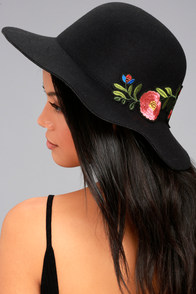 Orto Botanico Black Embroidered Hat