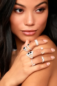 Mystic Beauty Silver Ring Set