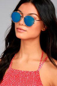 Such a Looker Silver and Blue Mirrored Sunglasses
