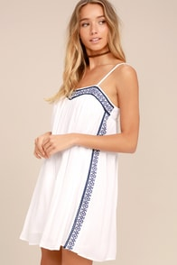 Olive & Oak Bronte White Embroidered Swing Dress