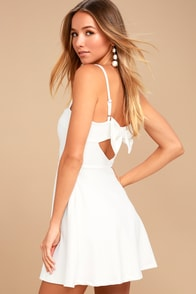 Get to Bow Me White Skater Dress
