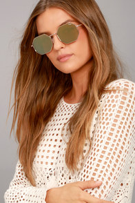 Quay On a Dime Gold and Yellow Mirrored Sunglasses