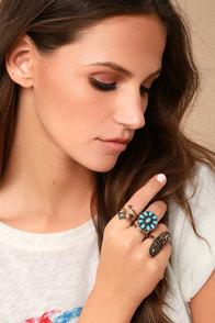 Desert Arrow Blue and Gold Ring Set