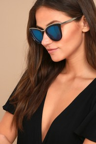 Style First Black and Blue Mirrored Sunglasses