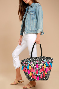 How Bazaar Black and White Print Tassel Tote
