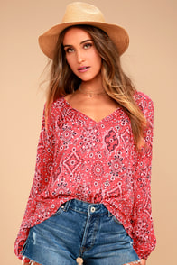 Take a Stroll Coral Red Print Long Sleeve Top