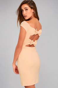 Bow-Getter Peach Off-the-Shoulder Bodycon Dress