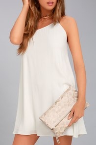 Crowd Pleaser Cream Studded Clutch