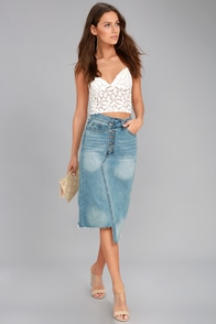 EVIDNT Darling Medium Wash Cutoff Denim Midi Skirt