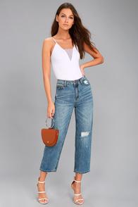 EVIDNT Malibu Medium Wash Distressed Girlfriend Jeans