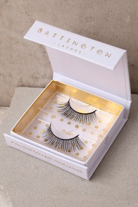 1960s Inspired Fashion: Recreate the Look Battington Lashes Hepburn Black Silk False Eyelashes $26.00 AT vintagedancer.com