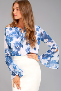 Iolana Blue and White Floral Print Long Sleeve Top