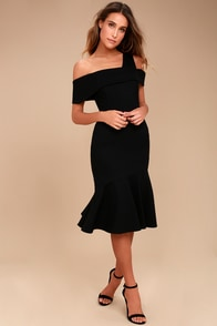 Adelyn Rae Nicole Black One Shoulder Midi Dress