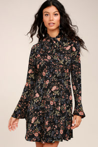 Picturesque Piece Black Floral Long Sleeve Tie-Neck Dress at Lulus.com!