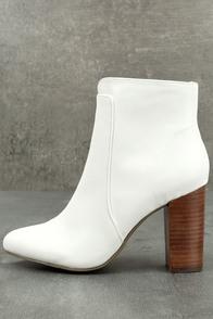 MIA Rosebud White Ankle Booties