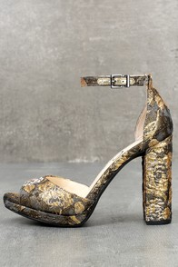 Jessica Simpson Jenee Metallic Multi Brocade Platform Heels