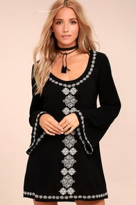 Manzanillo Black Embroidered Long Sleeve Shift Dress