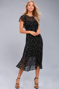 1940s Style Dresses and Clothing Lost  Wander Leona Black Floral Print Midi Dress $95.00 AT vintagedancer.com