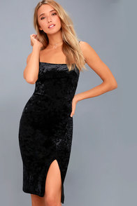 Made You Wink Black Velvet Bodycon Dress at Lulus.com!
