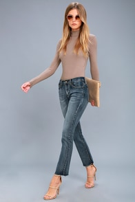 Hermosa Medium Wash Ankle Skinny Jeans at Lulus.com!