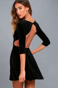 Charisma And Charm Black Velvet Backless Dress at Lulus.com!
