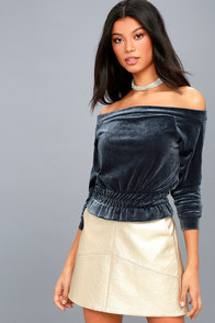 Worth It Teal Blue Velvet Off-the-Shoulder Crop Top at Lulus.com!