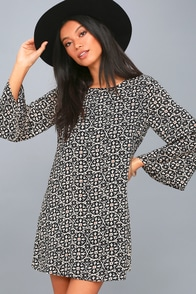 Barcelona Black Print Shift Dress at Lulus.com!