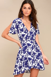 Morning Blooms Blue And White Floral Print Wrap Dress at Lulus.com!