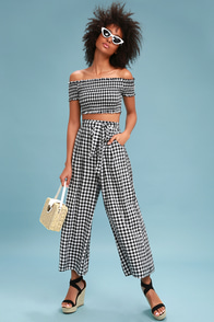 Styled At Heart Black And White Gingham Culotte Pants at Lulus.com!