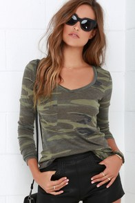 Rank and Style Green Camo Print Long Sleeve Top