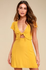 Seaport Mustard Yellow Tie-Front Dress at Lulus.com!