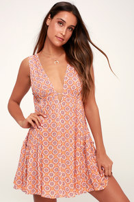 Sun Dancer Orange Tile Print Swing Dress at Lulus.com!