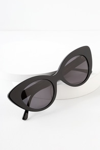 The Wild Gift Black Cat-Eye Sunglasses at Lulus.com!