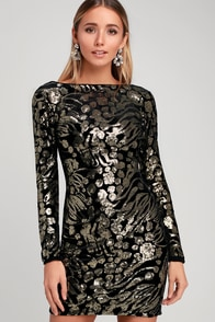 Lola Black And Gold Sequin Velvet Long Sleeve Bodycon Dress at Lulus.com!