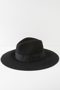Piper Black Wool Floppy Brim Hat at Lulus.com!