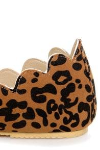 LuLu*s Scallopini Leopard Print Scalloped & Pointed Flats at Lulus.com!