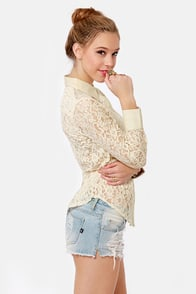 Pretty Romantic Cream Lace Button-Up Top at Lulus.com!