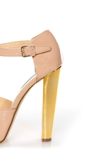 Steve Madden Dyvine Fawn Patent T-Strap Platform Heels at Lulus.com!