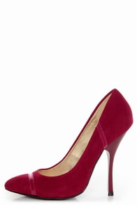 Shoe Republic LA Silva Red Pointed Pumps