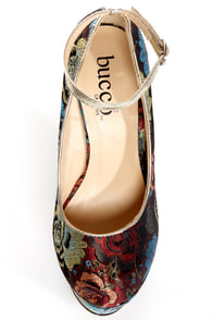 Torri Red Floral Brocade Platform Wedges at Lulus.com!