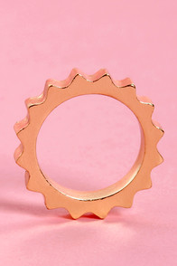 Cog City Gold Ring at Lulus.com!