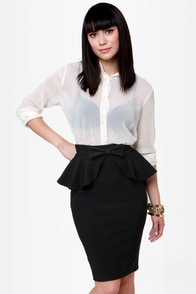 Make Your Presents Known Black Pencil Skirt at Lulus.com!