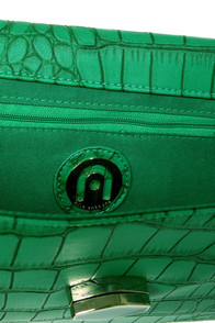Gator Keeper Green Crocodile Clutch at Lulus.com!