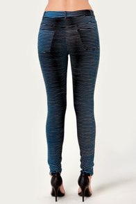 Motel Jordan Black and Blue Striped Skinny Jeans at Lulus.com!